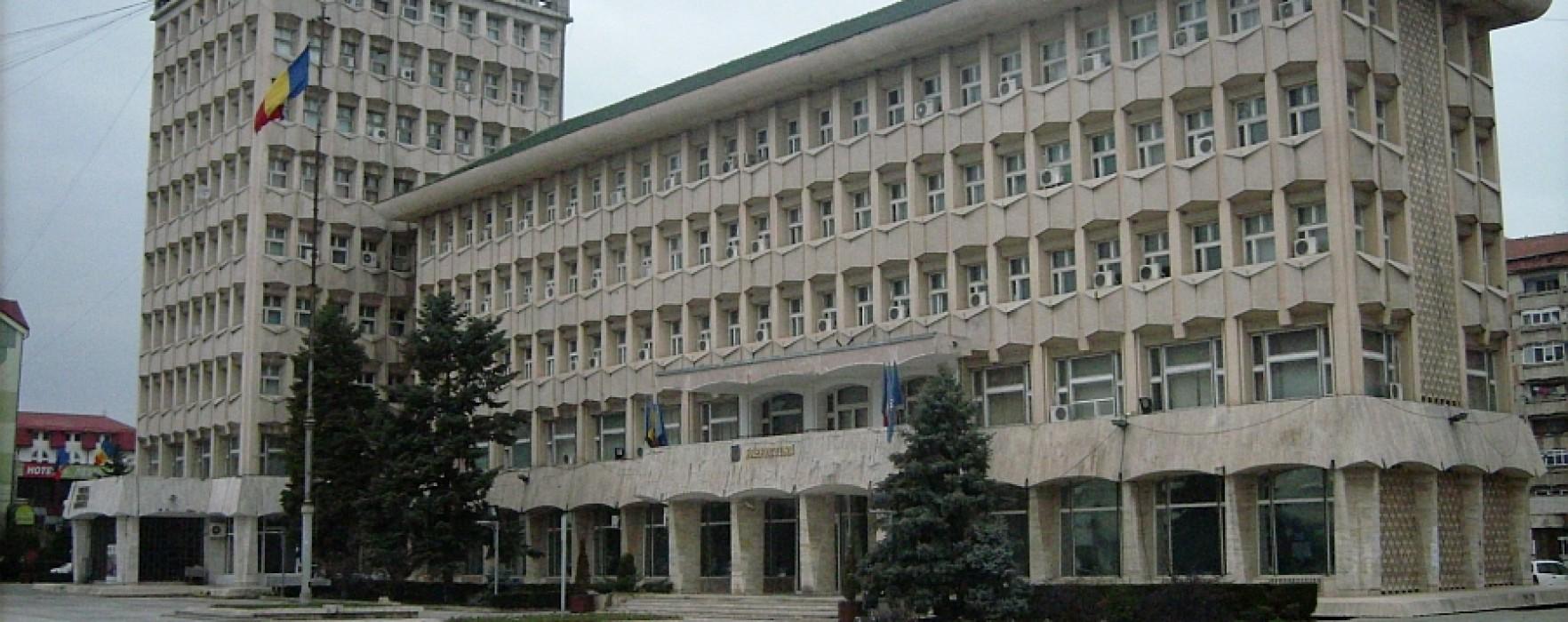 Consiliul Judeţean Dâmboviţa vrea să reabiliteze clădirea instituţiei cu fonduri europene