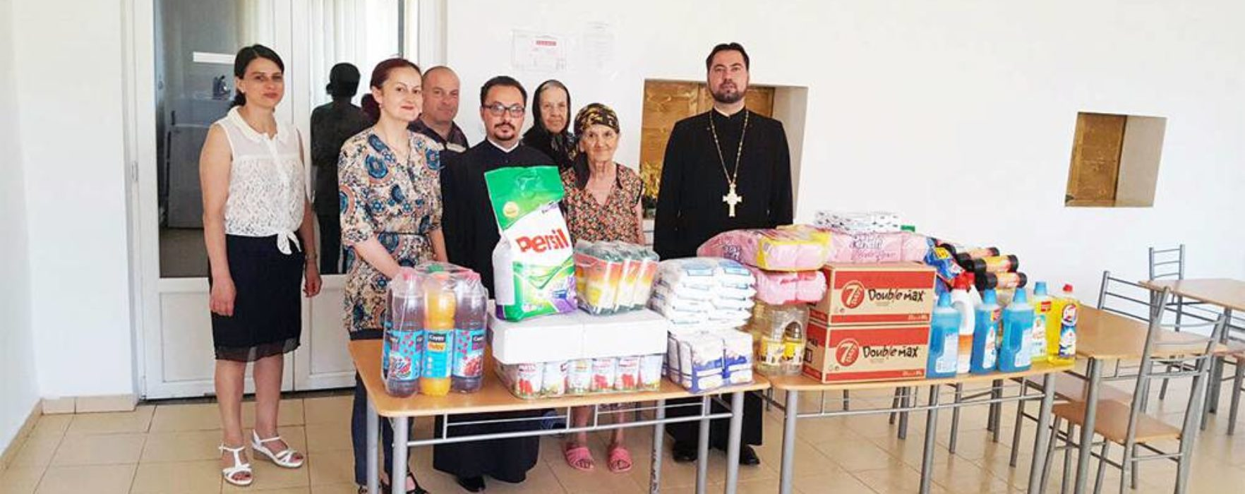 Arhiepiscopia Târgoviştei: Daruri pentru Căminul de bătrâni Pucioasa