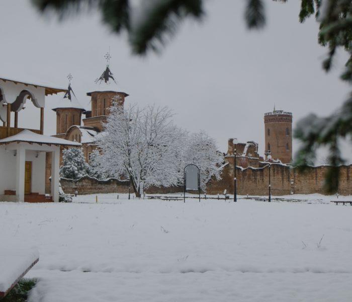 Dâmboviţa: Cod Galben de ninsori pentru 10-11 ianuarie