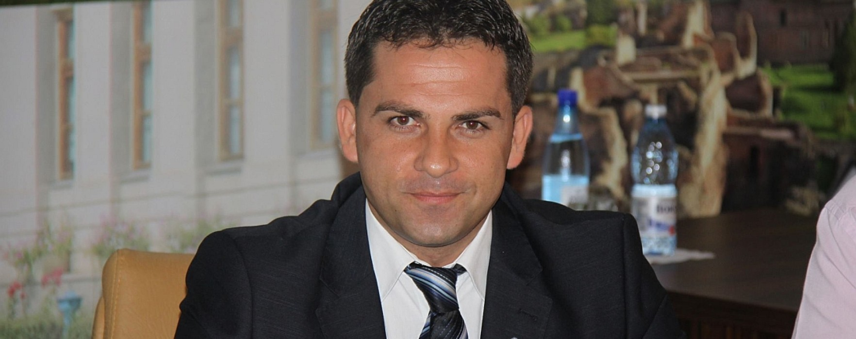 Ciprian Prisăcaru (PDL) a preluat atribuţiile de primar al Târgoviştei