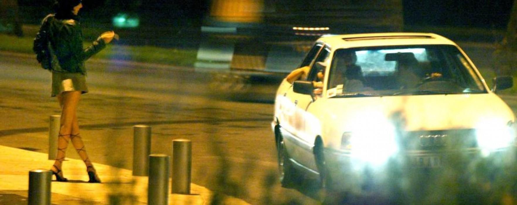 Prostituatele de pe DN 72 Târgovişte-Ploieşti, ridicate de poliţişti