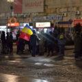 Aproximativ 100 de persoane au protestat, luni, la Târgovişte