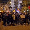 Peste 1.000 de persoane au protestat, sâmbătă, pe străzile Târgoviştei