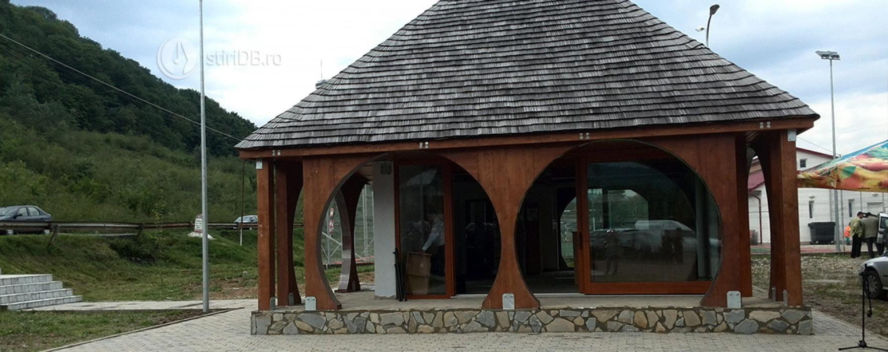 Niciun turist nu a trecut pe la Centrul de informare de la Malu cu Flori, realizat cu 200.000 euro