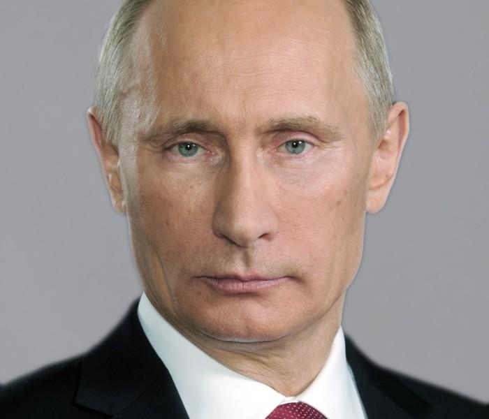 Putin a calmat din priviri un pui de leopard care s-a năpustit asupra unor ziariști