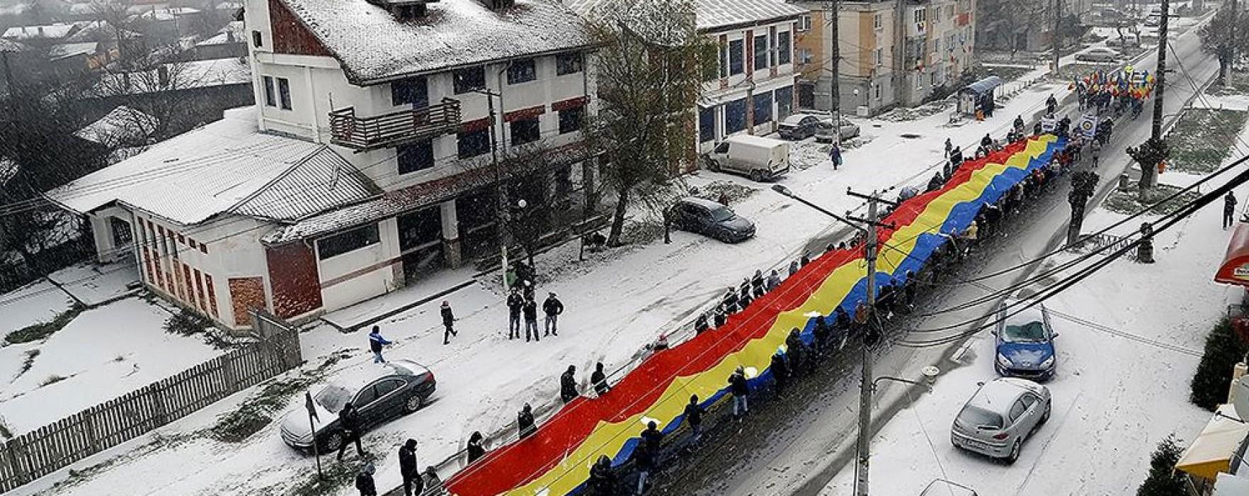 Răcari: Marş tricolor de 1 decembrie