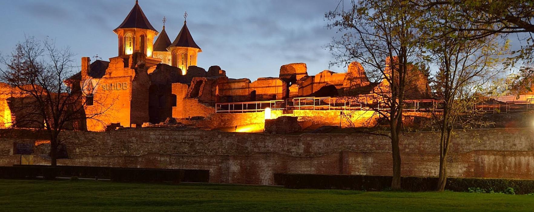 """""""Hamlet"""", jucat pe ruinele Curţii Domneşti din Târgovişte"""
