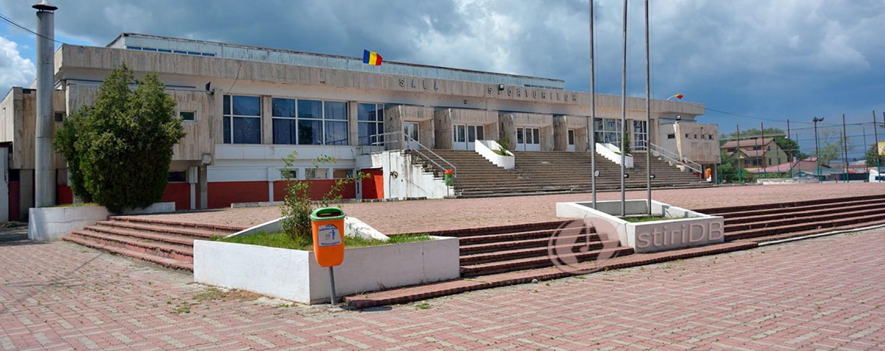 CJ Dâmboviţa va prelua Sala Sporturilor din Târgovişte şi va încerca să acceseze fonduri europene ca să o reabiliteze