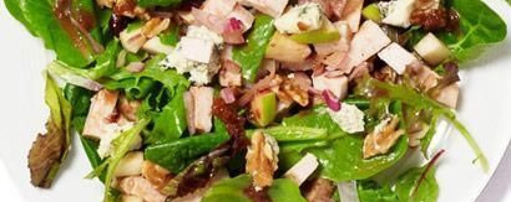 Citeşte cu poftă! – Salata cu mere şi spanac