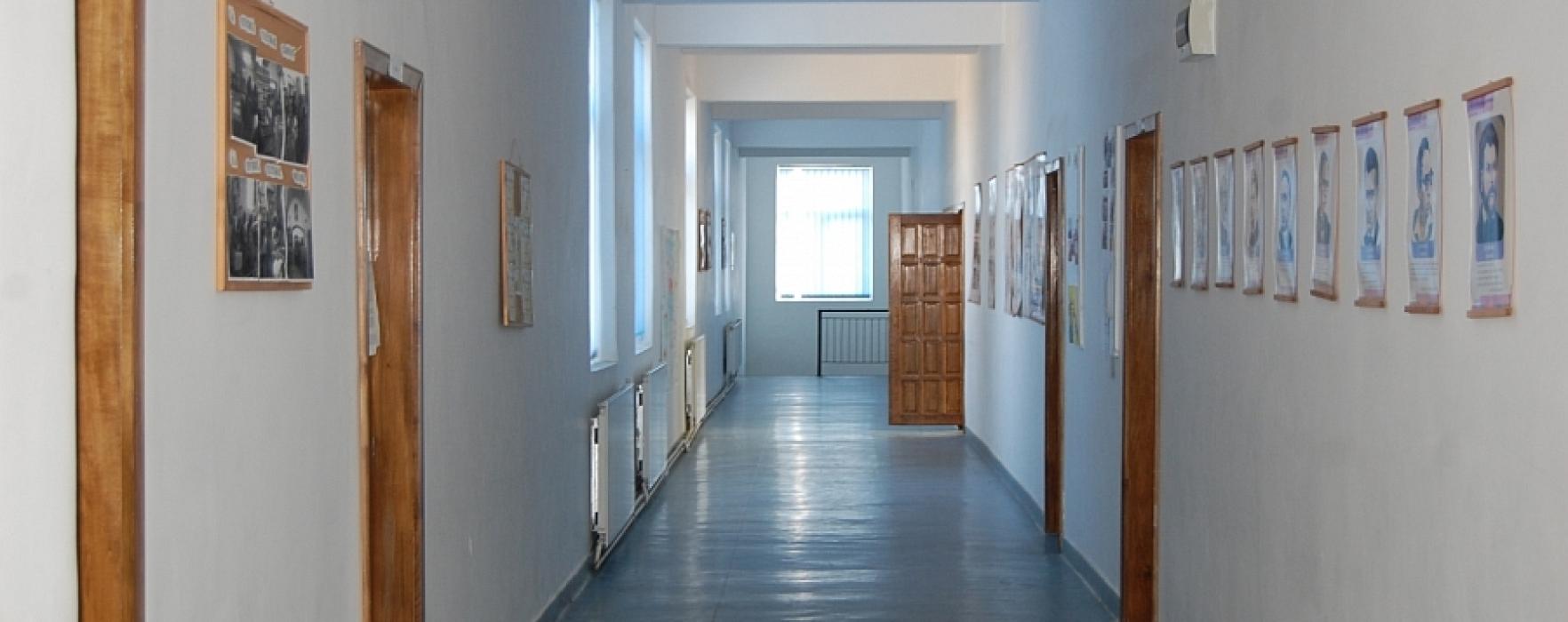 22 de şcoli din Dâmboviţa fără aviz sanitar