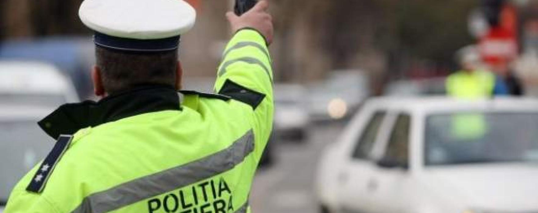 Şoferi şi scandalagii amendaţi de Poliţia Dâmboviţa, în perioada Crăciunului