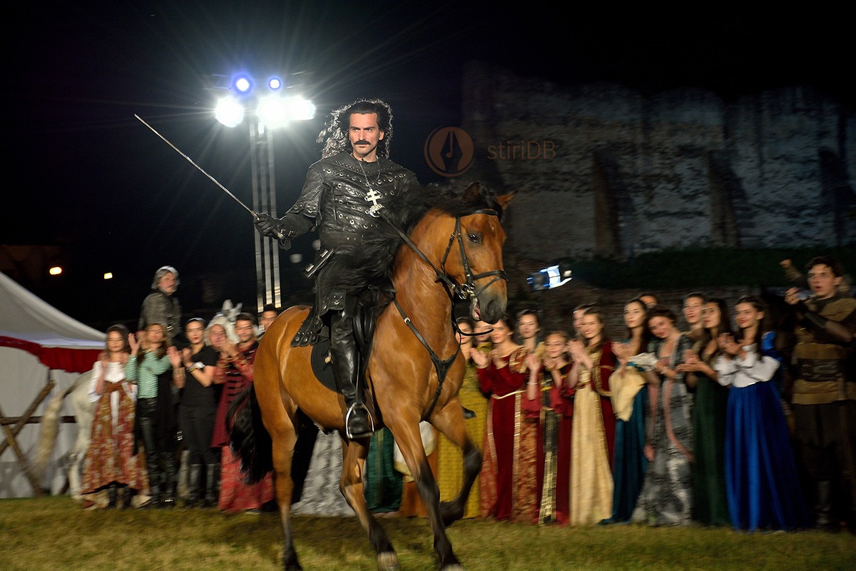 spectacol-medieval-dracula-2015-02ok