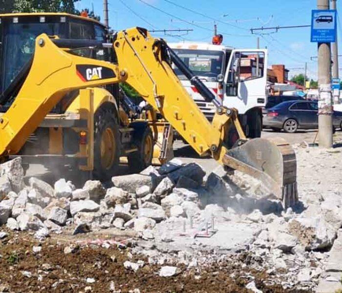 Târgovişte: Au început lucrările de reabilitare a străzii Gării