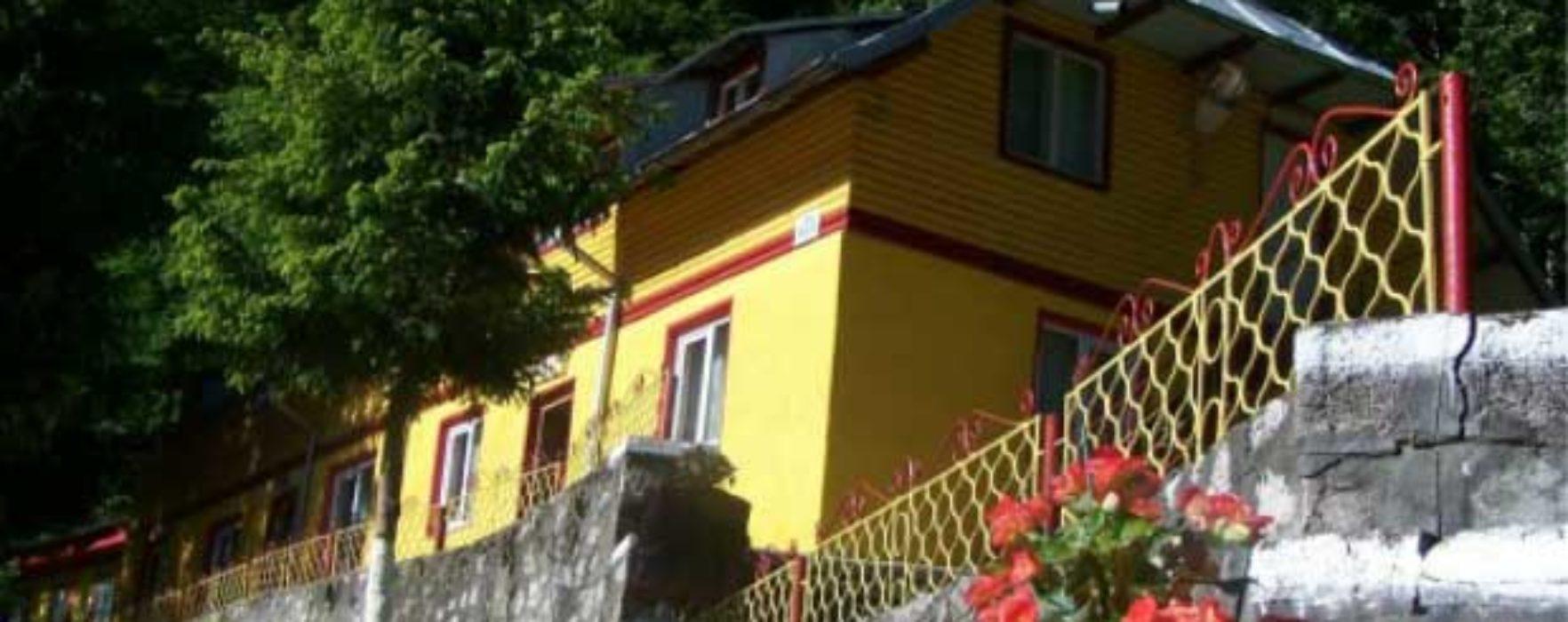 Dâmboviţa: Consiliul judeţean vrea să concesioneze Tabăra Cerbul din comuna Moroieni