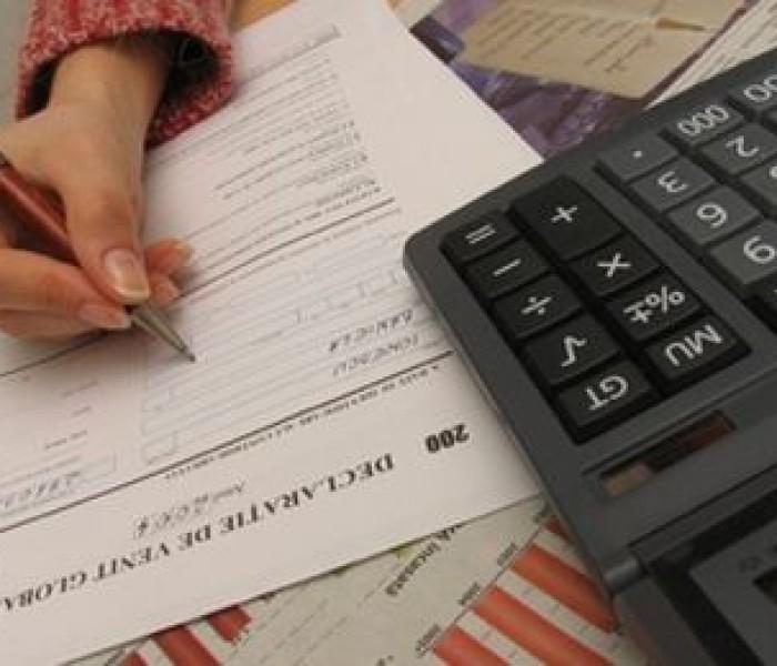 Târgoviştenii, scutiţi de majorări dacă plătesc taxele şi impozitele până la sfârşitul anului