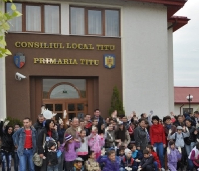 Let's Do It, Romania! la Titu