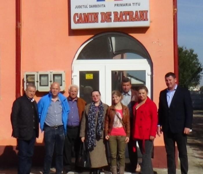 """Fundaţia olandeză """"Resocialisation Elderly People Foundation"""" a reluat colaborarea cu autorităţile din Titu"""