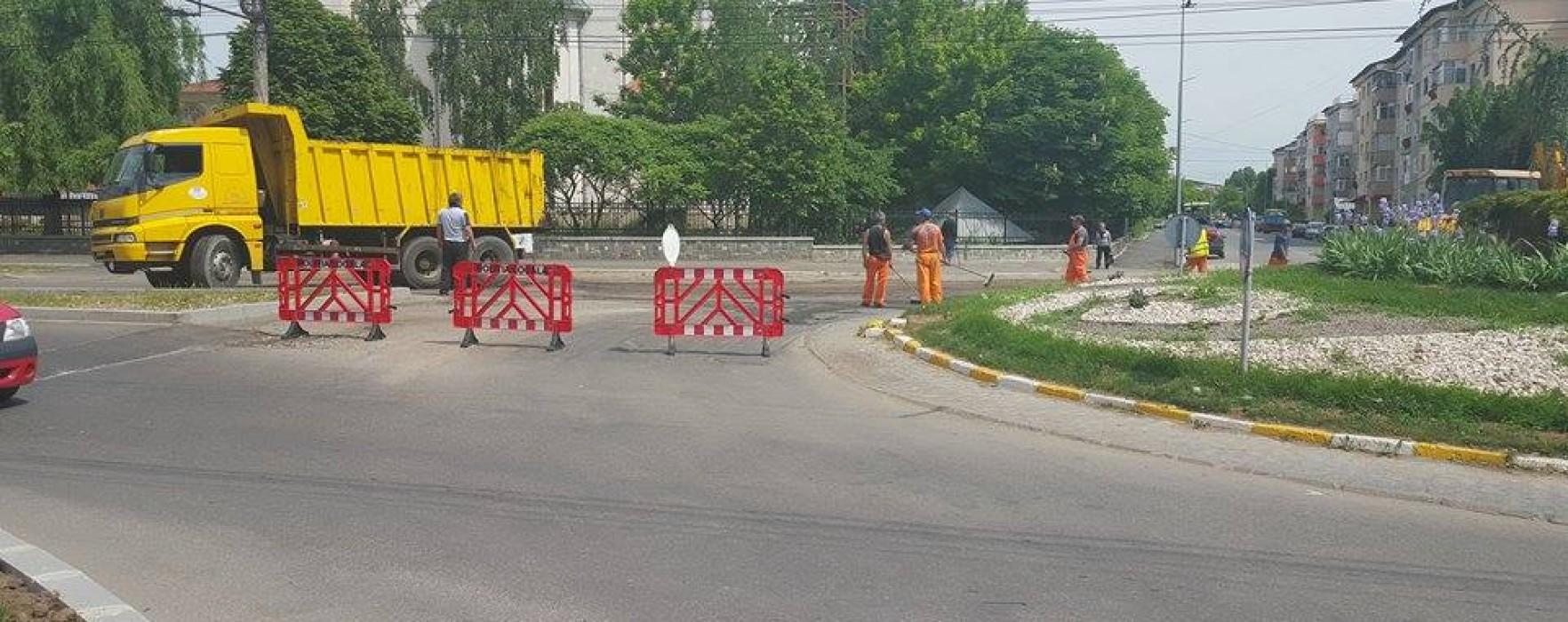 Târgovişte: Restricţii de circulaţie pe IC Brătianu, se asfaltează în zona sensurilor giratorii