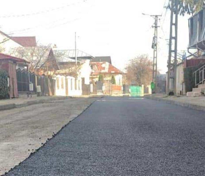 Târgovişte: Au început lucrările de asfaltare a străzii Tudorică Popescu