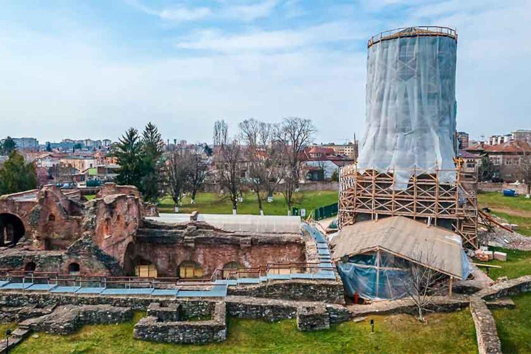 CJ Dâmboviţa: Stadiul lucrărilor de reabilitare de la Curtea Domnească Târgovişte este la 60%