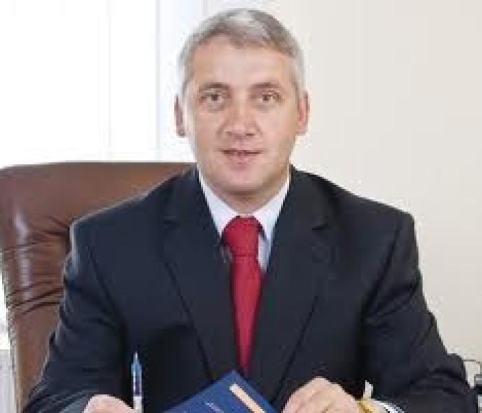 Adrian Ţuţuianu (preşedinte CJ Dâmboviţa): Descentralizarea este primul pas al reformei administrative