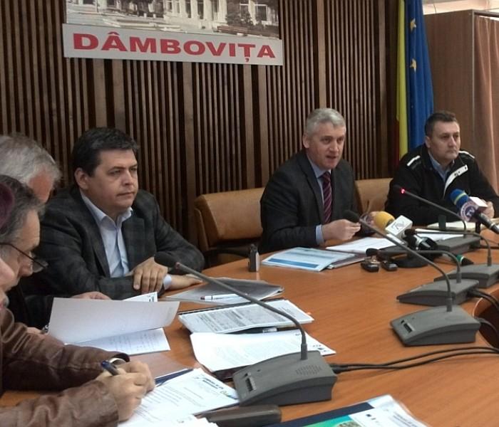 Adrian Țuțuianu: Desființăm serviciul public de apă, Compania de Apă va fi singurul operator din județ