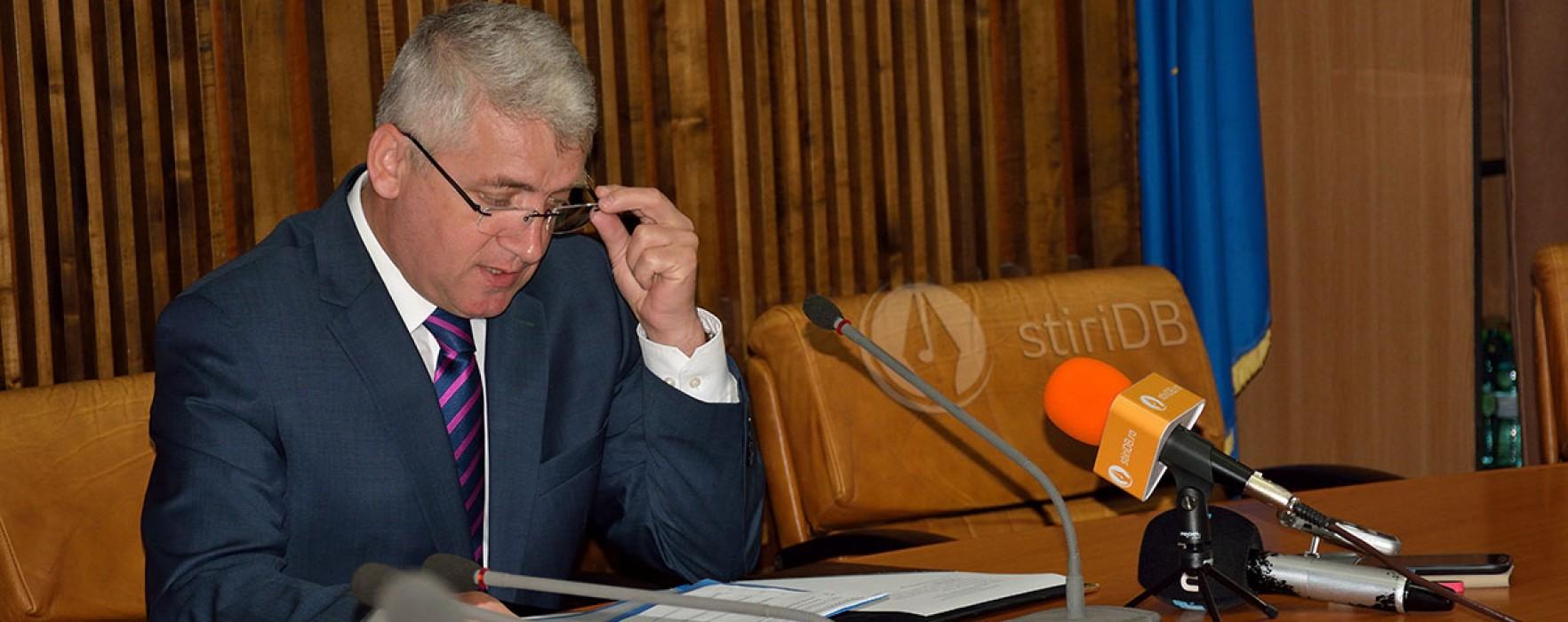 A. Ţuţuianu: Iulian Vladu nu ştie despre ce vorbeşte şi nu înţelege nimic din compania de apă