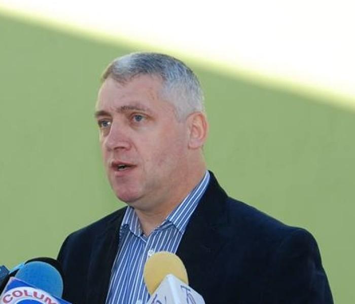 Adrian Ţuţuianu (preşedinte CJ Dâmboviţa): O să fie demolate construcţiile ilegale din zona Padina-Peştera