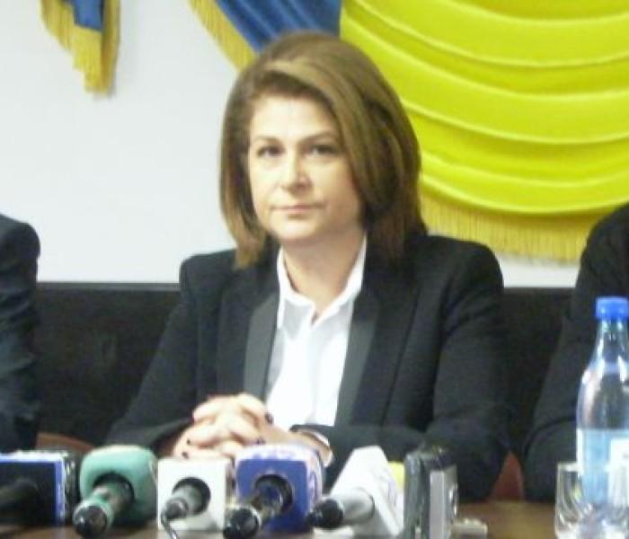 Ministrul Rovana Plumb s-a întâlnit cu primari din judeţ, la Şotânga