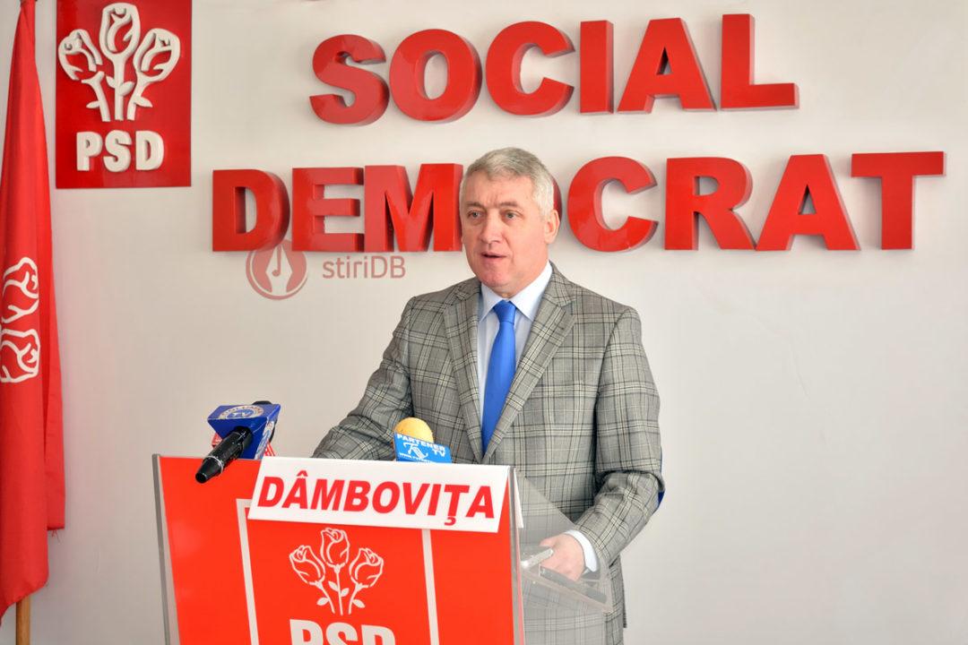 Adrian Ţuţuianu: Cu atât de multe interceptări, putem trage concluzia că sunt elemente de poliţie politică