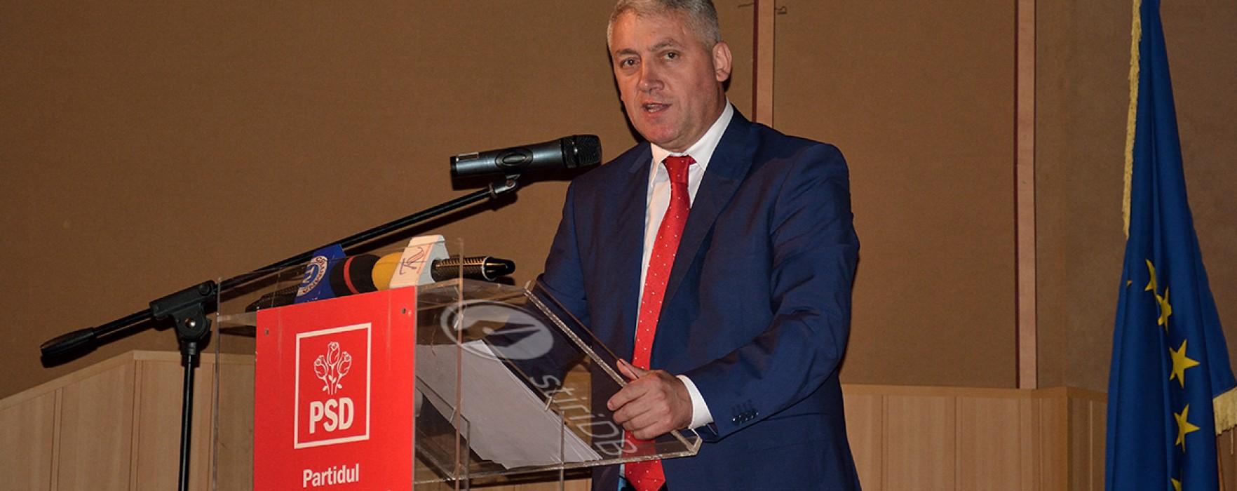 Adrian Ţuţuianu: Şefii de servicii publice să înceteze bătaia de joc!