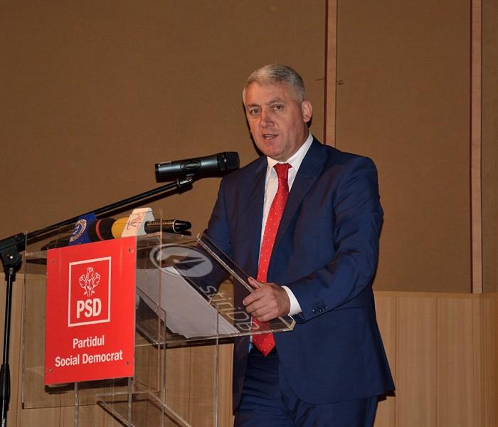 Adrian Ţuţuianu (PSD): Pancartele de la manifestările din Târgovişte au fost făcute în sediul PNL, avem filmări