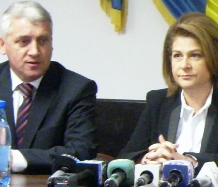 Rovana Plumb: Cu Adrian Ţuţuianu, prefectul şi parlamentarii PSD de Dâmboviţa facem echipă pentru judeţ