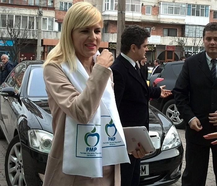 Elena Udrea: USL se va rupe până luni; scandalul este între Ponta şi Antonescu, de a câştiga prezidenţialele