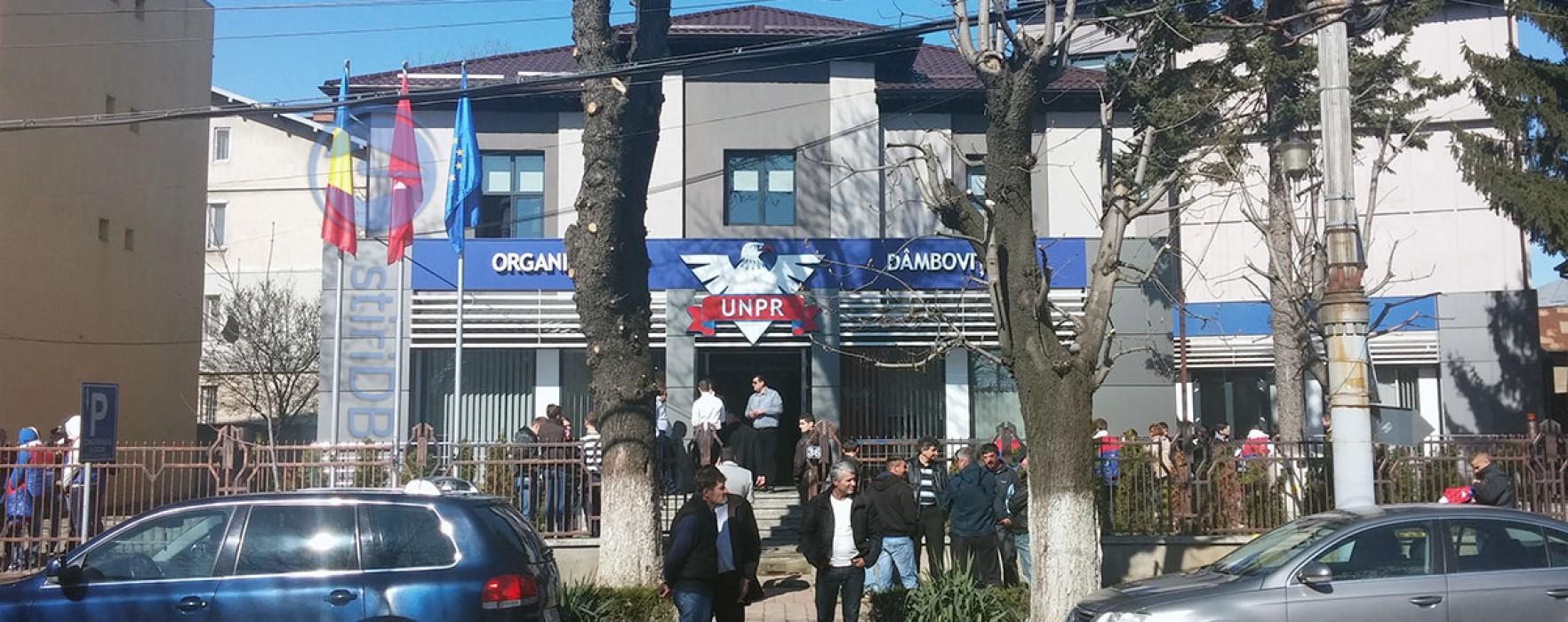 Preşedintele UNPR, Gabriel Oprea, a inaugurat, la Târgovişte, cel mai mare sediu al partidului din ţară