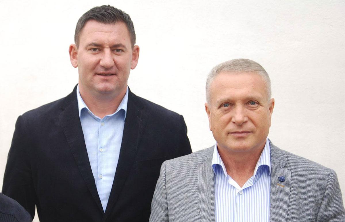 Vlad Oprea, fostul viceprimar și Traian Niculae, primarul orașului Titu