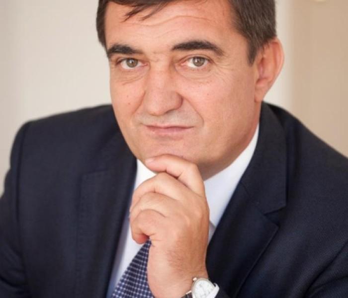 Iulian Vladu (deputat PDL): Am primit informaţii că, la CJ Dâmboviţa, PDL votează alături de PSD