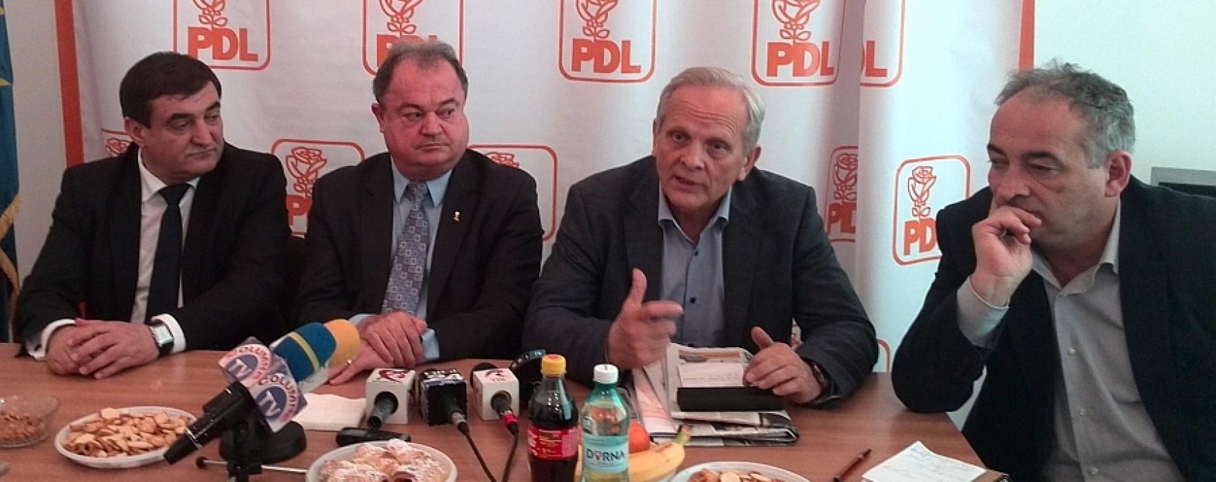 Vasile Blaga: Vom discuta cu primarii PDL din Dâmboviţa, să vedem care sunt alături de partid