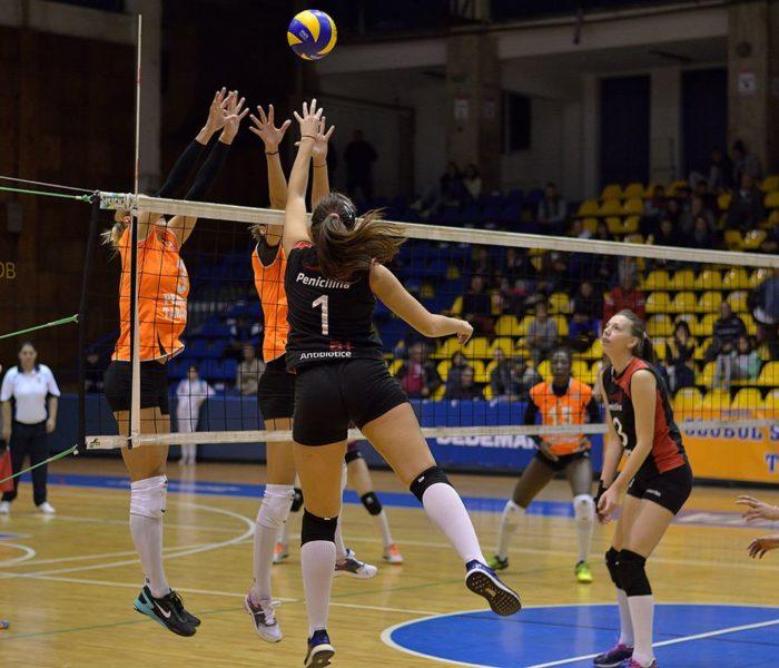 Volei feminin: CSM Târgovişte a învins cu 3-0 pe ACS Penicilina Iaşi