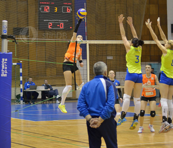 Volei feminin: Ştiinţa Bacău – CSM Târgovişte 3-1, în derby-ul Diviziei A1