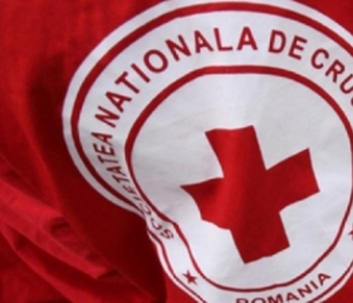 Cadouri oferite, de sărbători, de Crucea Roşie Dâmboviţa