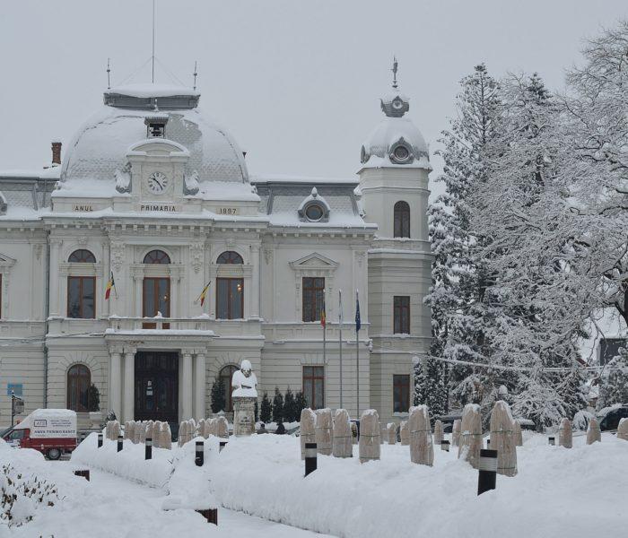 Târgovişte: S-a întrunit Comitetul Local pentru Situaţii de Urgenţă, în contextul alertei de vreme rea