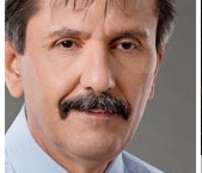 Zisu Stanciu (deputat de Dâmboviţa): 'Crizantema de Aur' e un produs cultural învechit, care toacă bani publici